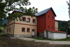 Stavební úpravy bývalé MŠ vznik 8 sociálních nájemních obecních bytů Lipová - lázně